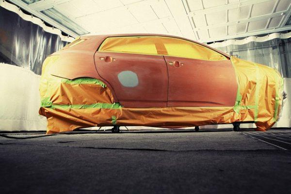 Repeindre sa voiture ou faire un covering ? Avantages et inconvénients