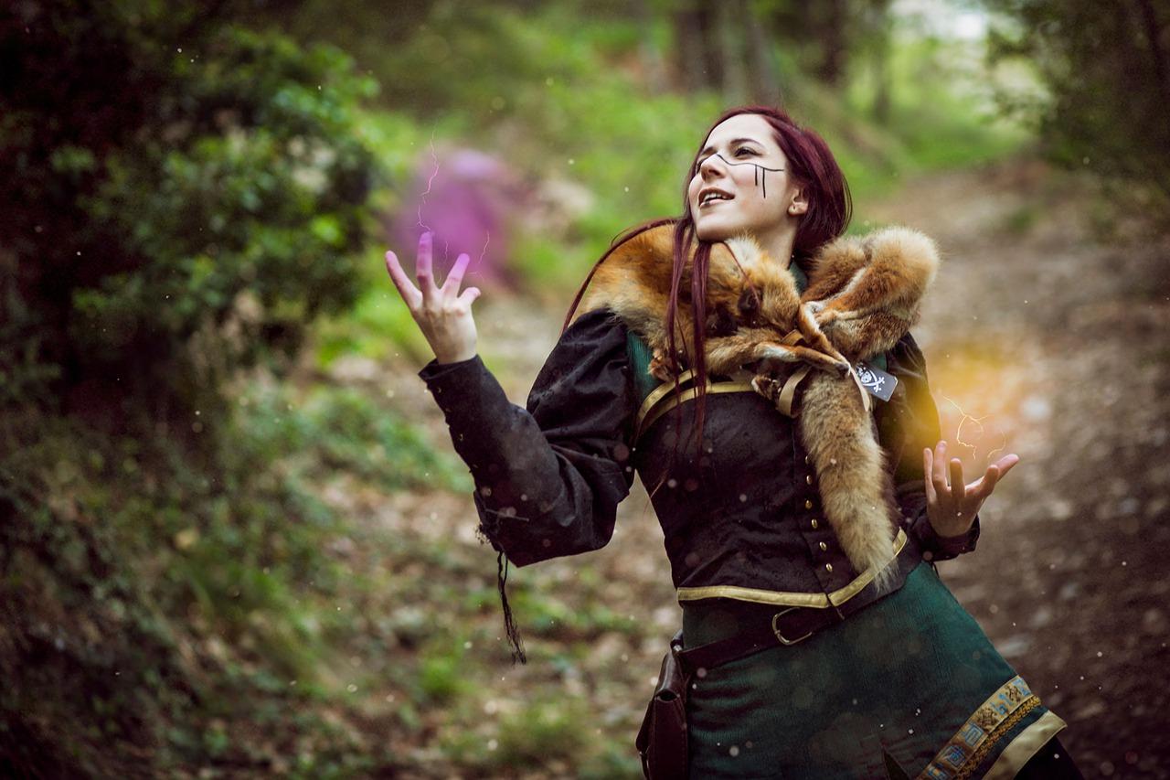 Les bijoux vikings pour femme : une idée cadeau originale